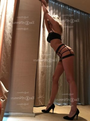 Fiby hairy escorts in Chelsea